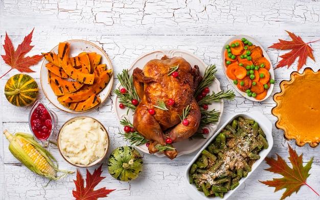 Thanksgiving day traditionelles festliches abendessen