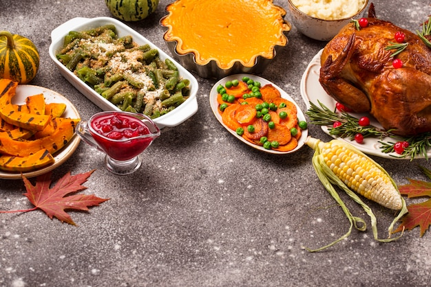 Thanksgiving day traditionelles festliches abendessen