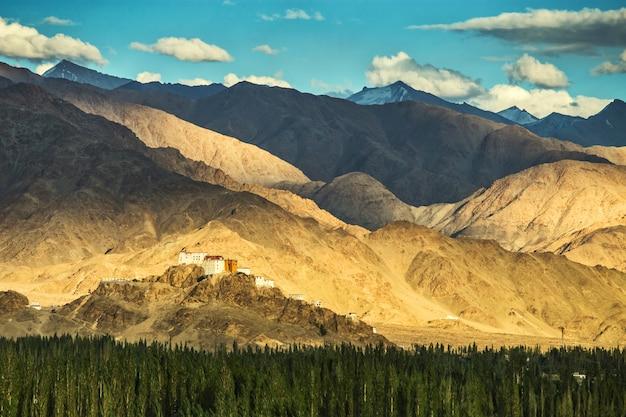 Thiksey, malerische klöster von ladakh
