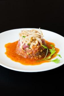 Thunfisch-tartar