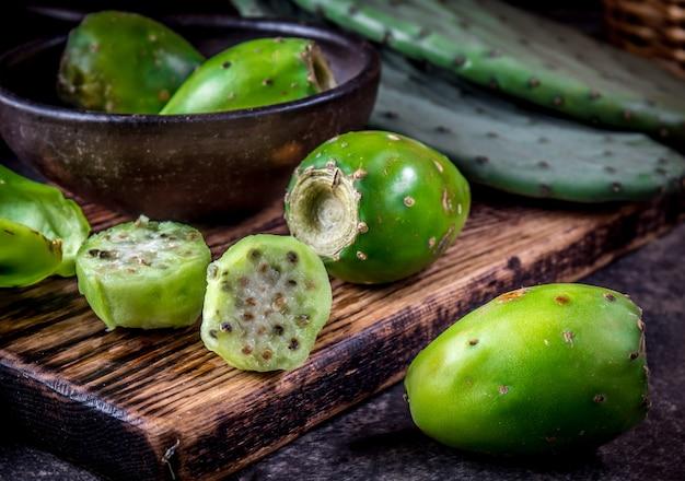 Thunfischkaktusfrucht, kaktusfeige, kaktusbirne.