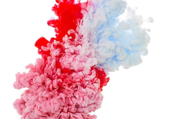 Tinte in wasser. spritzfarbe mischen. mehrfarbiger flüssiger farbstoff. abstrakte hintergrundfarbe