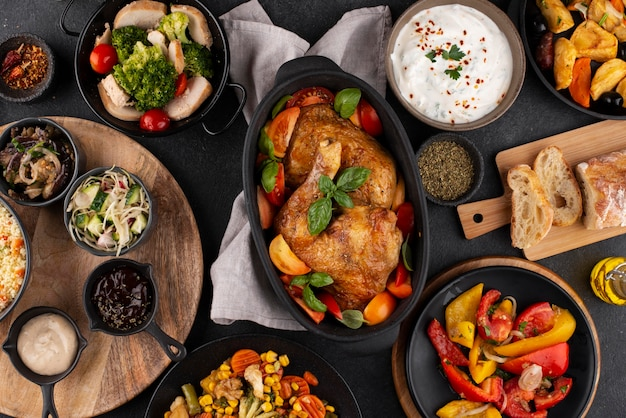 Tisch von oben voller köstlicher essenszusammensetzung