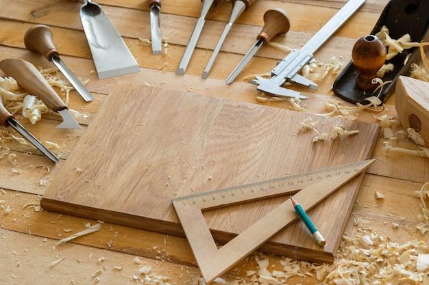 Tischlermeißel und holzwerkzeuge