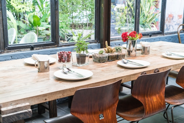 Tischset auf esstisch