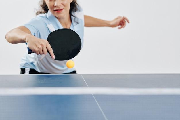 Tischtennisspielerin