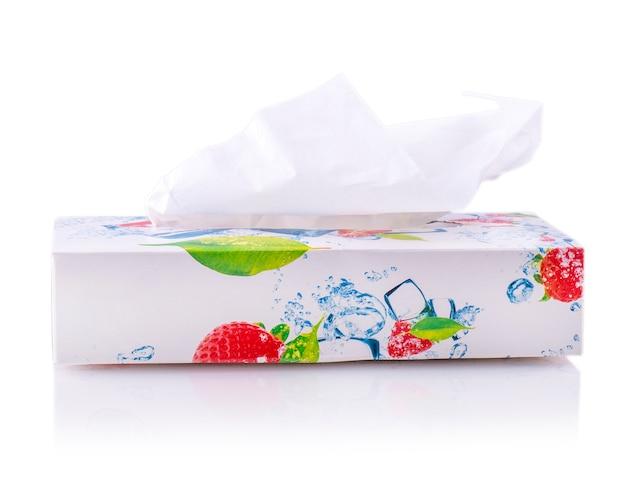 Tissue-box der blume isoliert auf weißem hintergrund