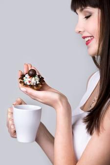 Törtchen kuchen und kaffee