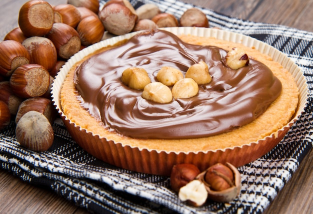 Törtchen mit schokoladen- und haselnusscreme