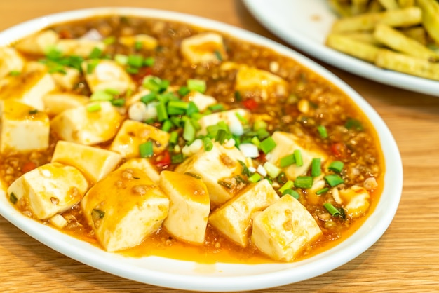 Tofu mit soßen-sauce