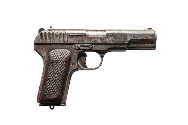 Tokarev-pistole, 1933 (tt-pistole) isoliert auf weiß