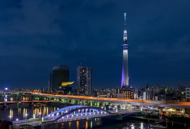 Tokyo, japan - 16. oktober 2016: berühmter markstein tokyos skytree turms in tokyo