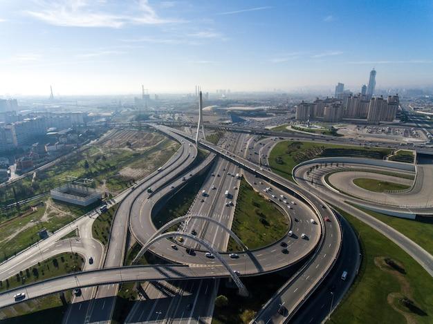 Tolle moderne infrastruktur für megapolis