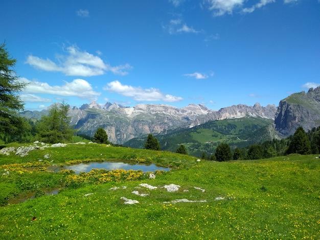 Toller blick auf die top cadini di misurina im nationalpark tre cime di lavaredo. dolomiten,