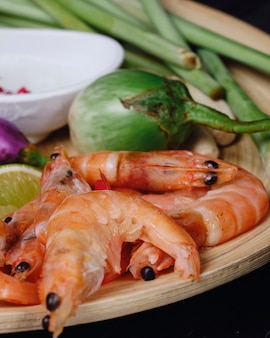 Tom yum thailändisches suppenbestandteilgarnele galangal-zitronengras
