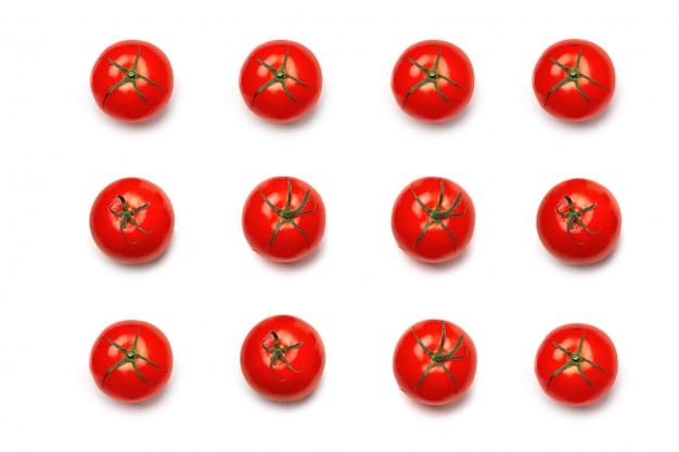 Tomate. muster der tomate. natürliches rot der tomate lokalisiert.
