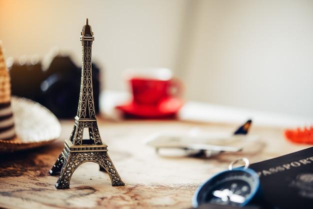 Tourismusplanung und ausrüstung für die reise benötigt