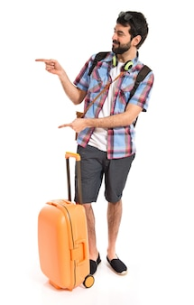 Tourist, der auf die laterale