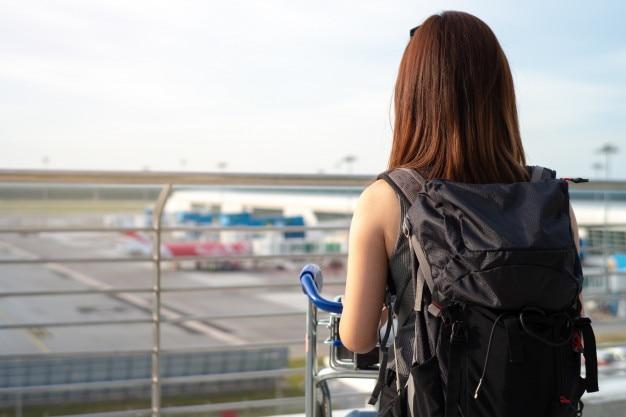 Tourist im flughafen