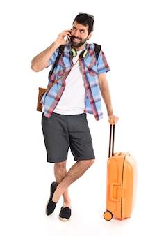 Tourist reden mit mobilen