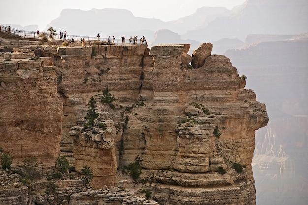 Touristen im grand canyon