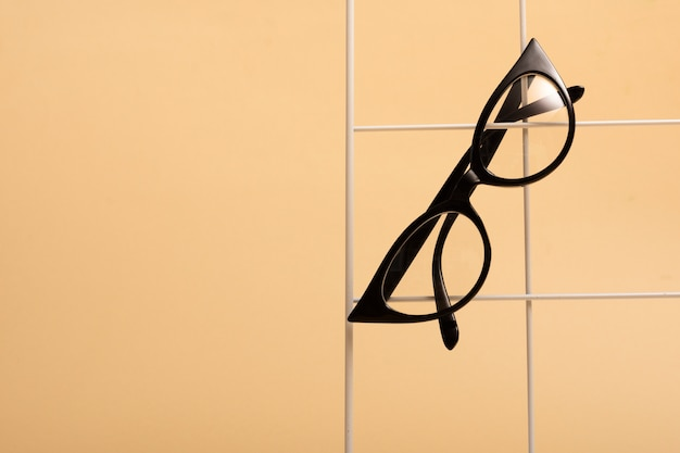 Tp-ansicht retro- brillen mit plastikrahmen