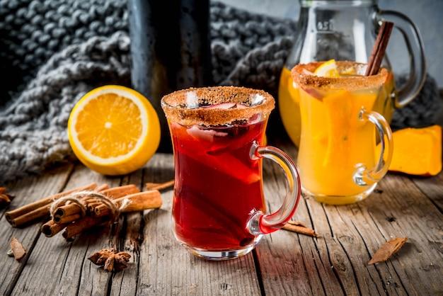 Traditionelle herbst- und wintergetränke und cocktails.
