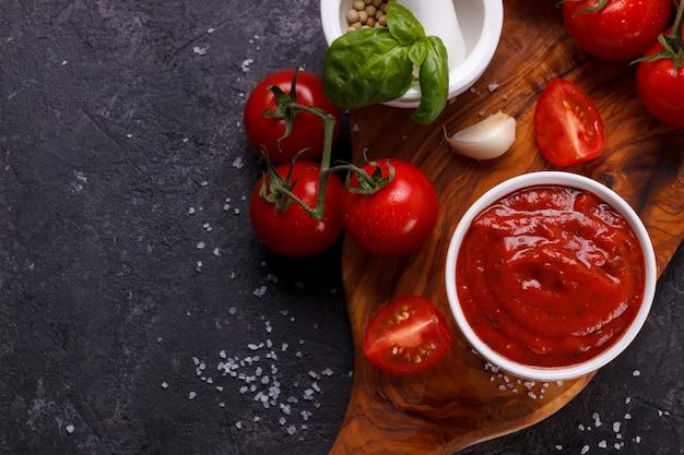 Traditionelle italienische tomatensauce