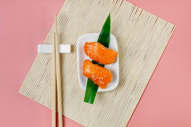 Traditionelle japanische sushi-komposition