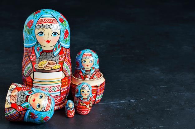 Traditionelle russische spielzeugmatroschkas