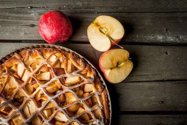 Traditioneller amerikanischer apfelkuchen