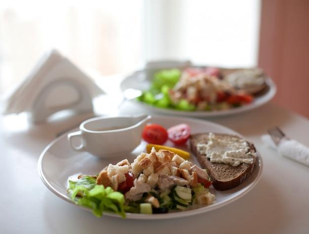 Traditioneller caesar salat