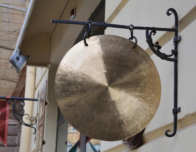 Traditioneller gong, vorderansicht