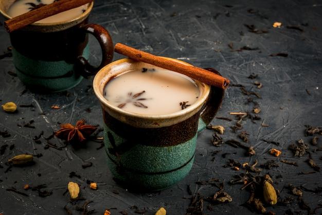 Traditioneller indischer masala chai