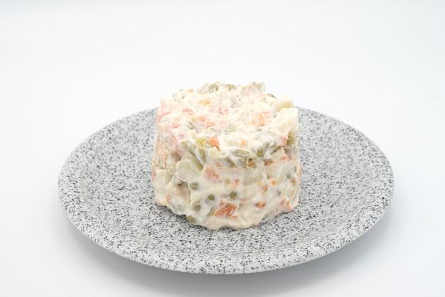 Traditioneller salat, olivier