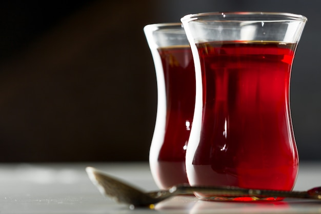 Traditioneller türkischer teeabschluß oben