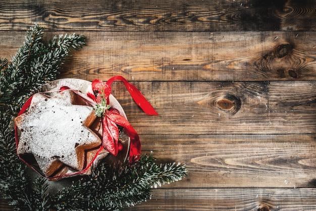 Traditioneller weihnachtskuchen panettone