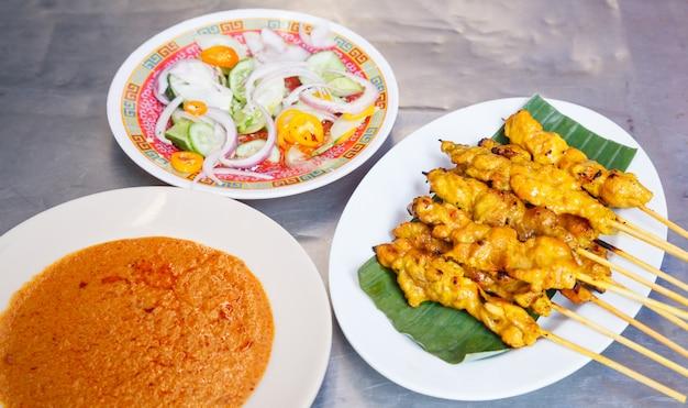 Traditionelles thailändisches straßenlebensmittelrezept