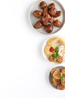 Traditionelles typisches hausgemachtes ramadan-essen
