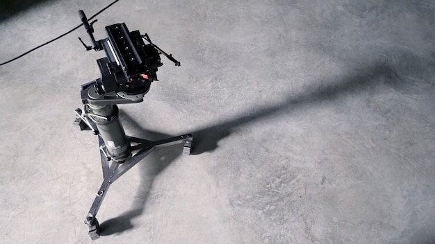 Tragbares stativ für videofilm- oder filmkamerabewegungen mit dolly wheel und professionellem slider