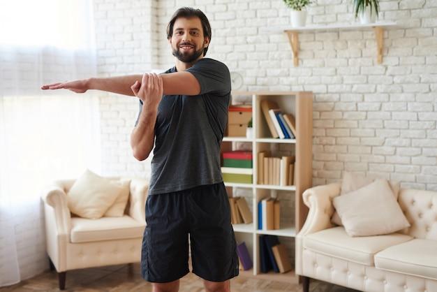 Trainings- und lifestylekonzept. sportübungen.