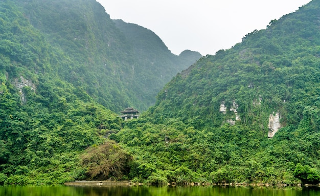 Trang ein malerischer landschaftskomplex. in vietnam