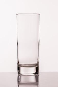 Transperentes glas für wasser