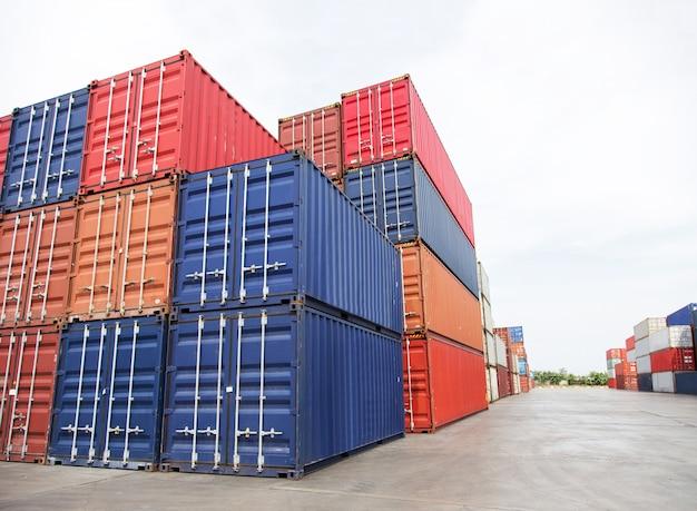 Transport frachtcontainer in der schwerindustrie transfer gut
