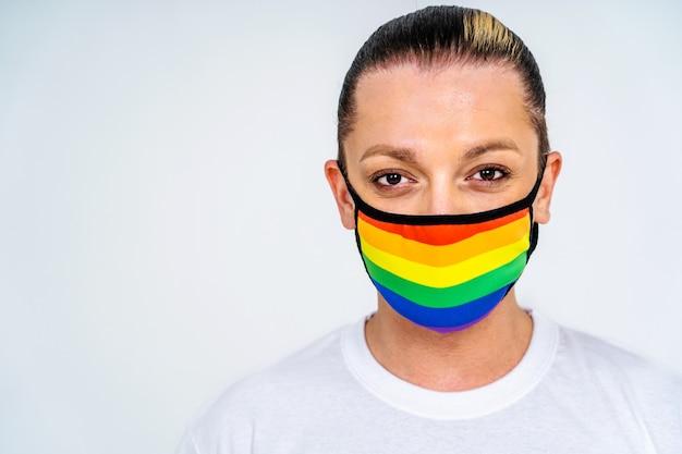 Transsexuelle männliche porträt konzeptionelle unterstützung für schwule lesben transgender und gegen homophobie