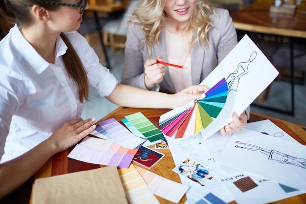 Treffen der modedesigner