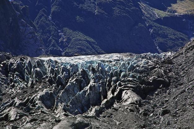 Trekking zum fox glacier, neuseeland