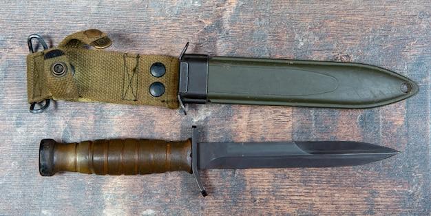 Trench knife war ein us-amerikanisches kampfmesser aus dem 11. weltkrieg