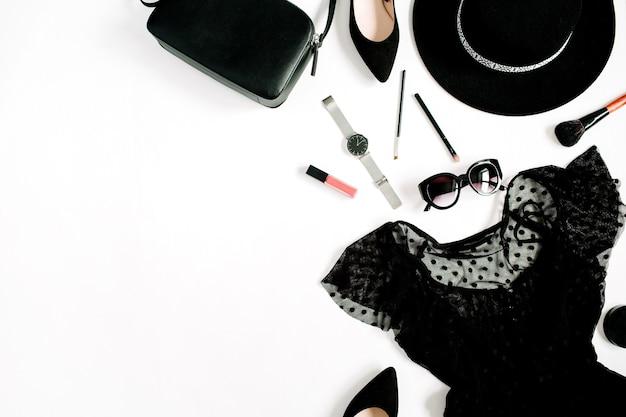 Trendy mode schwarz gestylte frau kleidung und accessoires kollektion auf weiß