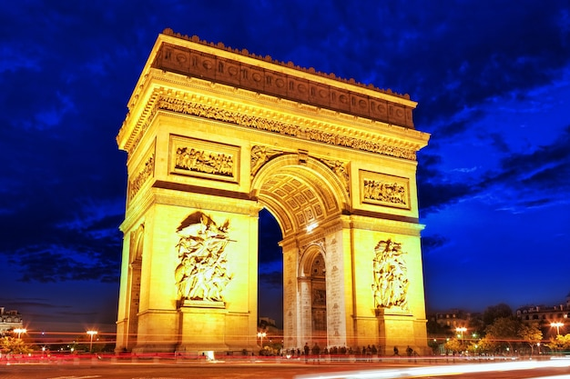 Triumphbogen in paris. frankreich.